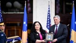 科索沃授予美國總統拜登的已故兒子一枚勳章