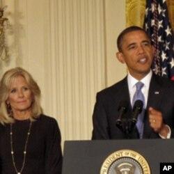 奥巴马总统和副总统夫人吉尔.拜登