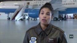 Президентська авіабаза у США - місце служби іммігрантів. Відео