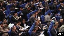اختلاف در پارلمان مصر بر سر تعيين هيئت تدوين کننده پيش نويس قانون اساسی جديد