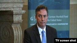 Šef delegacije Evropskog parlamenta za odnose sa SAD i izvestilac za Srbiju Dejvid Mekalister govori u Nemačkom maršalovom fondu