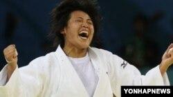 지난 2008년 베이징 올림픽 유도 여자 63kg급에서 동메달을 딴 북한의 임원옥 선수.
