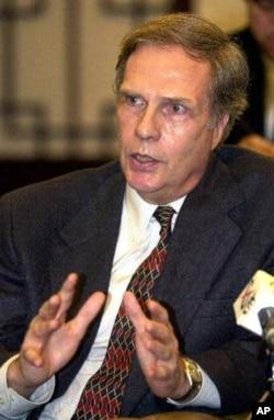 前美國駐中國大使溫斯頓.洛德