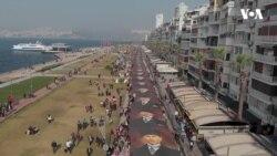 İzmir'de 'Ata'ya Saygı' Yürüyüşü