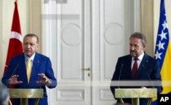 Erdoğan i Izetbegović obraćaju se novinarima nakon sastanka, Predsjedništvo BiH, Sarajevo, 20. maj 2018.