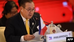 ဖိလစ္ပိုင္ နိုင္ငံျခားေရး ဝန္ႀကီး Teodoro Locsin (၂၀၁၉ ဇူလိုင္လ ၃၁ ရက္ေန႔)