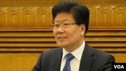 新疆自治区党委书记张春贤称 已抓获境外返疆ISIS极端分子(美国之音东方拍摄)