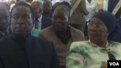 UMnu. Emmerson Mnangagwa loNkosikazi Eunice Sandi Moyo.