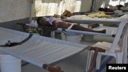 Beberapa pasien penderita kolera dirawat di rumah sakit (foto: ilustrasi). Kuba melaporkan 163 penderita baru kolera.
