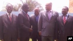 Os ministros ds Transportes e Comunicações de Moçambique, Zâmbia,Zimbabwe, Malaui e Tanzânia reunidos em Nampula (Arquivo)
