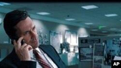 Nam diễn viên Mỹ Jon Hamm vai chính trong bộ phim truyền hình Mad Men là một trong các diễn viên được đề cử Giải nam diễn viên truyền hình xuất sắc