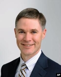 新泽西州律师约翰•巴里