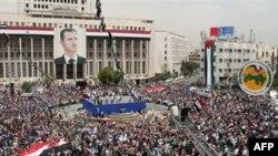Демонстрация в поддержку правительства Башара Асада. Сирия, Дамаск.