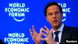 Mark Rutte, PM Belanda saat menghadiri pertemuan tahunan World Economic Forum di Davos, Swiss, 19 Januari 2017 (Foto: dok).