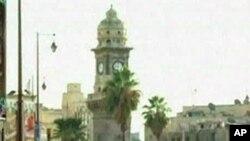 Forças sírias disparam contra um funeral