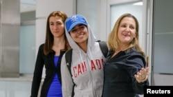 رهف القنون، وسط، پس از ورود به کانادا