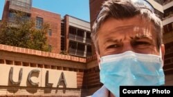 dr Igor Barjaktarević, specijalista pulomologije i intenzivne nege i docent na Univerzitetu Kalifornije u Los Anđelesu (UCLA) (Foto: Privatna arhiva)