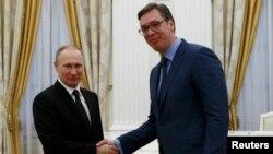 Predsednici Rusije i Srbije Vladimir Putin i Aleksandar Vučić (Foto: Reuters)