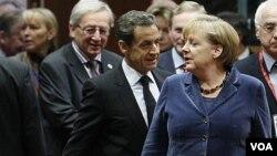 Para pemimpin Eropa membahas krisis utang Eropa di Brussels, Belgia (foto: dok). Meski krisis Eropa berlangsung lebih lama, namun menurut pengamat, dampaknya terhadap ekonomi Indonesia relatif kecil.