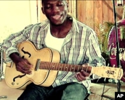 Cedric Burnside, un jeune musien du blues