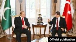 ترکی اور پاکستان کے وزرائے اعظم کی انقرہ میں ملاقات