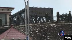 """連接丹東和新義州的""""中朝友誼橋""""。(美國之音葉兵攝)"""