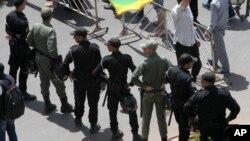 La police marocaine à Rabat, Maroc, 11 juin 2017.
