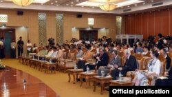 NLD အစိုးရ ကိုင္တြယ္ေနရတဲ့ ျမန္မာ့စီးပြားေရး