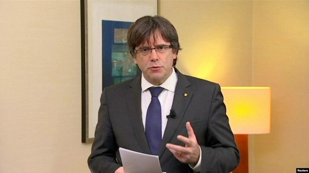 Dorëzohet udhëheqësi i përmbysur katalonjas