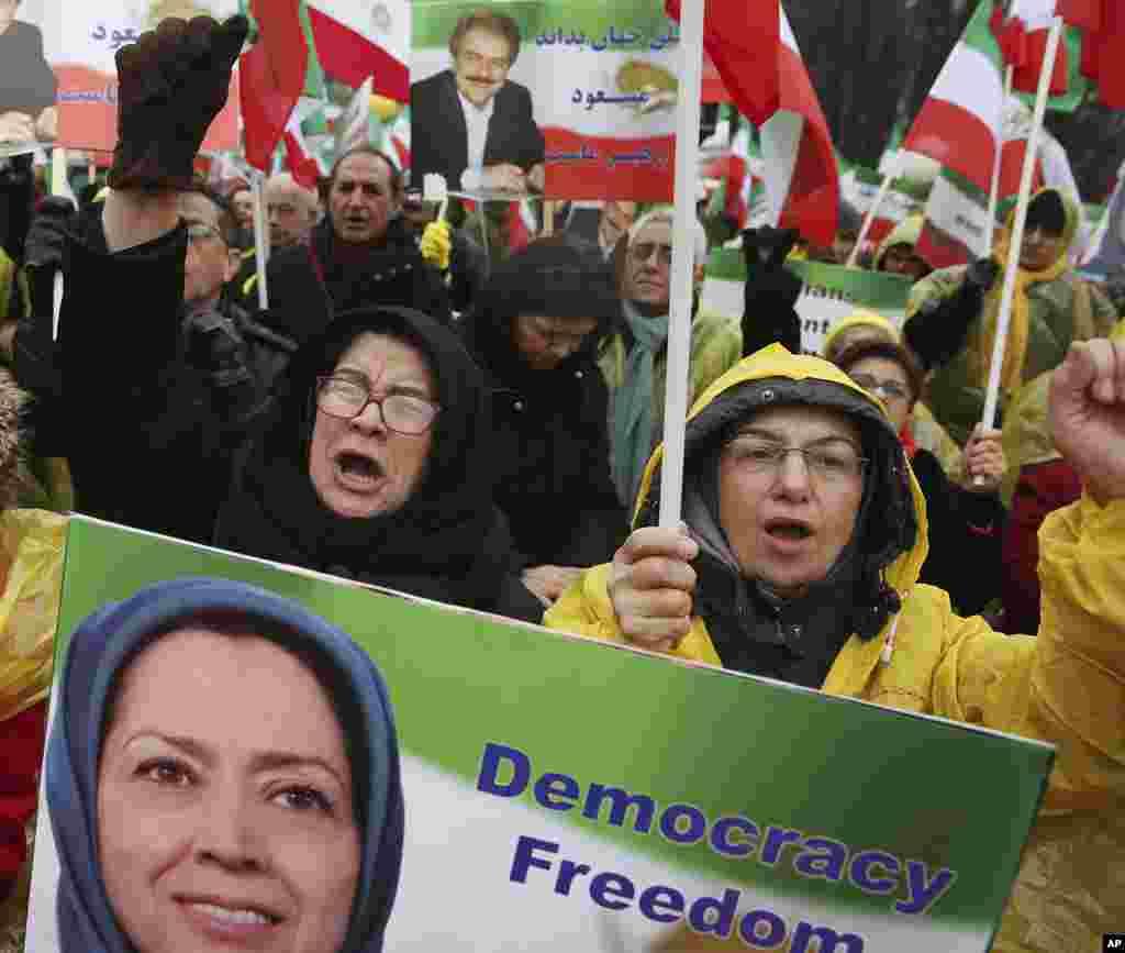 همزمان با نشست صلح و امنیت در خاورمیانه در شهر ورشو لهستان، حامیان «شورای ملی مقاومت» نیز تجمعی اعتراضی در ورشو برگزار کردند.