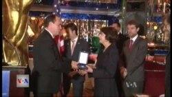 Presidenti Nishani nderon amerikanë dhe shqiptarë në Nju Jork