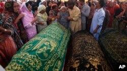 حملاتِ ناشی از انگیزه های مذهبی در پاکستان، سابقۀ طولانی داشته است