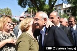 Ziyaretini İncirliova'da sürdüren Kemal Kılıçdaroğlu