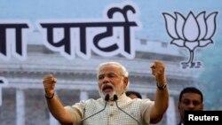 Lider opozicione Baratija Džanata partije, Narendra Modi obraća se pristalicama u Vadodri, u državi Gudžarat, 16. maj 2014.