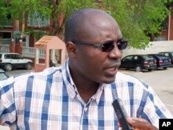 Rafael Marques fazendo declarações à VOA (14 Nov 2011)