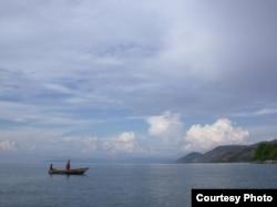 Local Fishers on Lake Tanganyika. Credit Saskia Marijnissen, ©2005