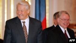 Борис Ельцин и Джеймс Коллинз