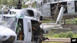Estados Unidos donó helicópteros a Guatemala para luchar contra el tráfico de drogas.