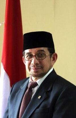 Menteri Sosial RI, Dr. H. Salim Segaf Al-Jufri (Foto: Wikipedia)