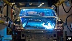 EPA cho biết Volkswagen đã gắn một phần mềm gọi là 'cơ cụ đánh bại' vào những chiếc xe chạy bằng dầu cặn của họ.