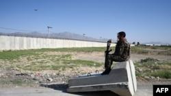ავღანეთის ეროვნული არმიის ჯარისკაცი, 1 ივლისი, 2021.