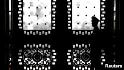 དམར་ཤོག་ཚོགས་པའི་ཚོགས་ཆེན་གོང་ལ་བོད་ནང་དུ་དམ་བསྒྲགས་ཆེ་རུ་འགྲོ་བཞིན་ཡོད་པ།