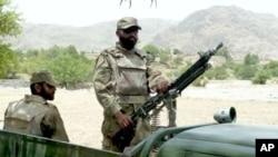 کشته شدن ۲۵ تندرو در پاکستان
