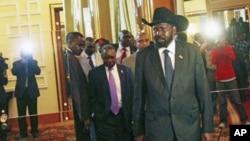 南苏丹领导人基尔6月12日抵达亚的斯亚贝巴的谈判会场