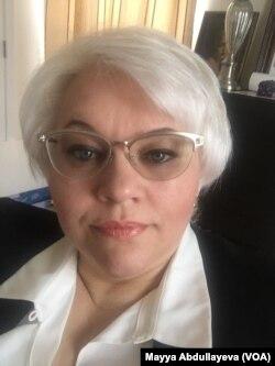 Майя Абдуллаєва, вірусолог за освітою