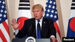 Presiden Amerika Donald Trump di Seoul, Korea Selatan, 7 November 2017.