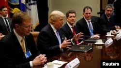 Президент США Дональд Трамп встретился в Белом доме с ведущими представителями деловых кругов страны. Вашингтон. 23 января 2017 г.