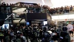 Hong Kong: Violents affrontements pendant une nouvelle manifestation