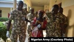 Msichana wa shule ya Chibok Amina Ali aliyeokolewa kutoka Damboa.
