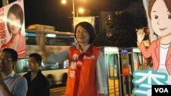民建聯立法會選舉候選人李慧琼認為,今屆選舉選情激烈